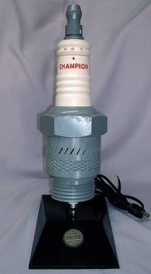 champion_model_spr-810_spark_plug_radio_pic1-297x540